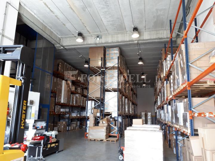 Nave industrial en alquiler de 798 m² - Badalona, Barcelona #2
