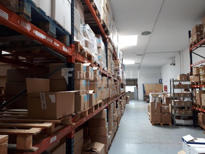 Nave industrial en alquiler de 798 m² - Badalona, Barcelona #3