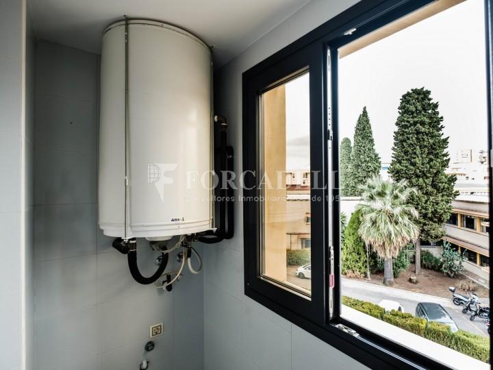 Habitatge en lloguer de tres habitacions a Sevilla. 19
