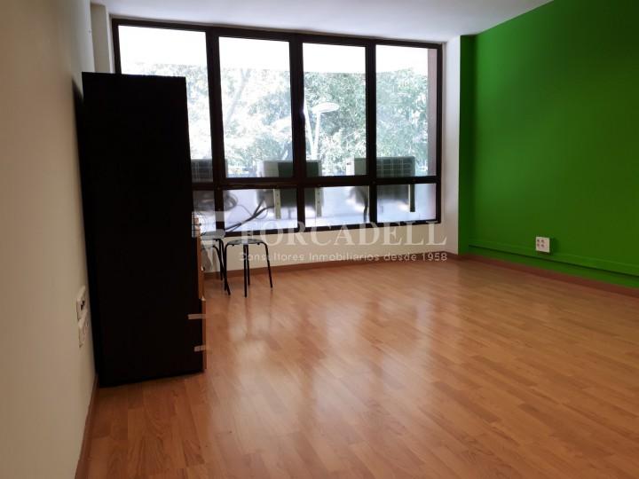Oficina disponible en lloguer, situada al carrer Paris. Barcelona. #5