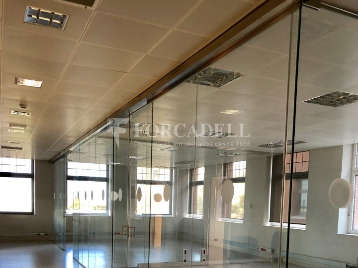 Superfície en lloguer en edifici singular al Prat de Llobregat. (Barcelona) #5