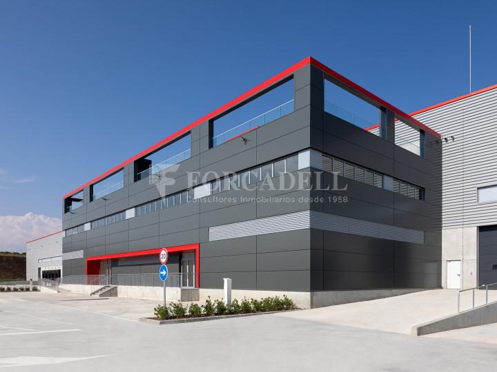 Nave logística en alquiler de 21.419 m² - Sant Esteve Sesrovires, Barcelona #11