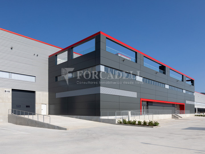 Nave logística en alquiler de 21.419 m² - Sant Esteve Sesrovires, Barcelona 12