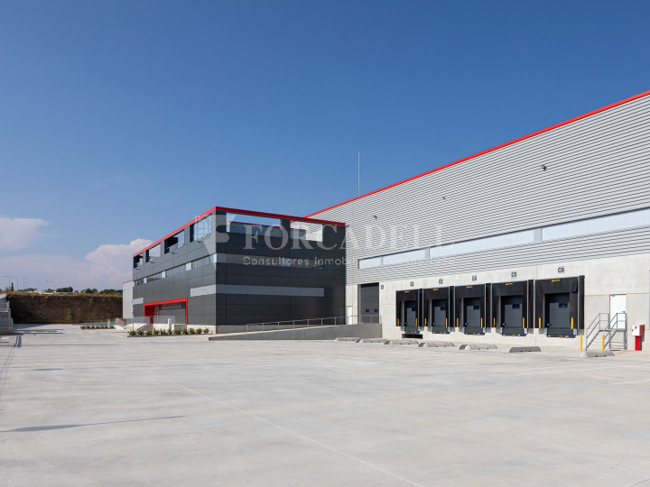 Nave logística en alquiler de 21.419 m² - Sant Esteve Sesrovires, Barcelona #13