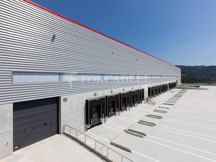 Nave logística en alquiler de 21.419 m² - Sant Esteve Sesrovires, Barcelona #2