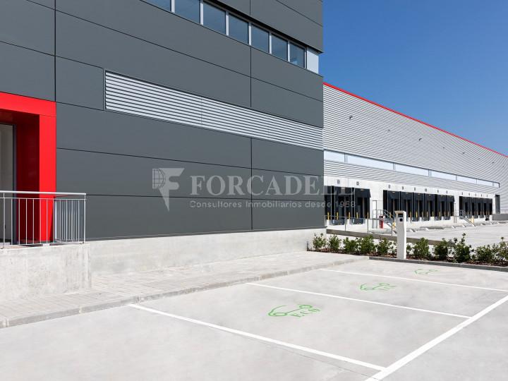 Nave logística en alquiler de 21.419 m² - Sant Esteve Sesrovires, Barcelona #7