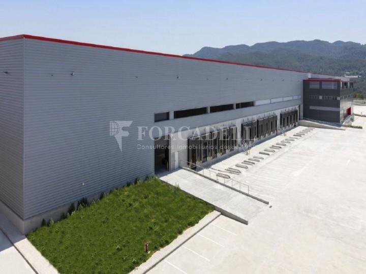 Nau logística en lloguer de 28.502 m² - Sant Esteve Sesrovires, Barcelona 1