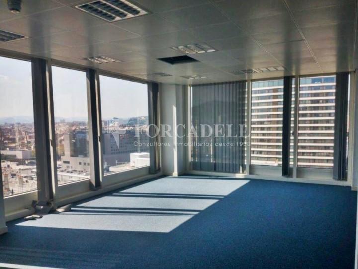 Oficina en lloguer situada al carrer Tarragona, Barcelona. #2