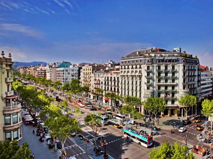 Oficina disponible en lloguer situada a la Rambla. Barcelona. #9