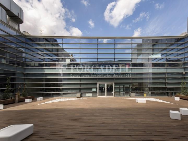Oficina en lloguer, situada a Esplugues de Llobregat. Barcelona. 18