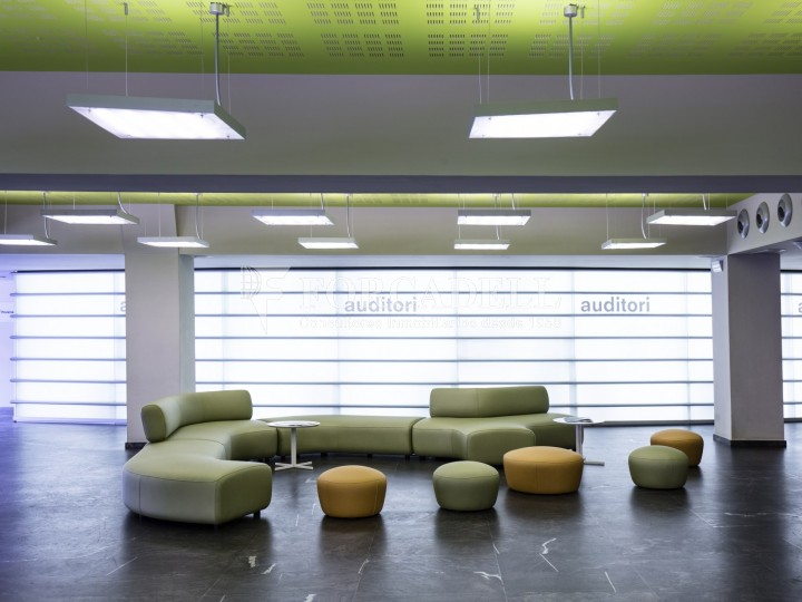 Oficina en lloguer, situada a Esplugues de Llobregat. Barcelona. 5