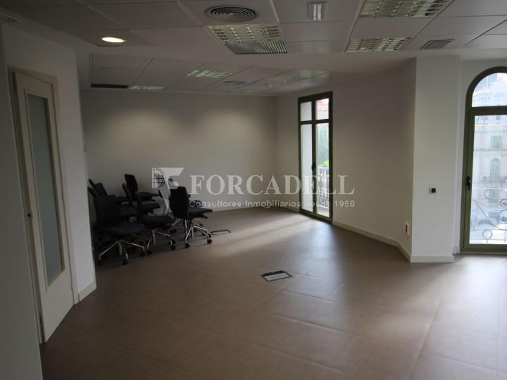 Oficina rehabilitada al Pg. de Gràcia. Zona Prime. #5