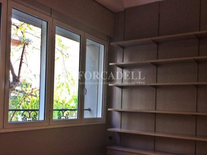 Oficina rehabilitada en lloguer al carrer Muntaner. Barcelona. #2