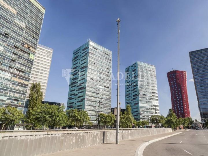 Oficina exterior, moderna i lluminosa a la Torre Llevant. Pg Zona Franca. Barcelona. #5