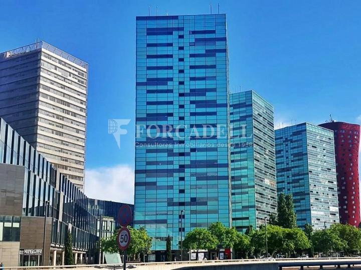 Oficina exterior, moderna i lluminosa a la Torre Llevant. Pg Zona Franca. Barcelona. 7