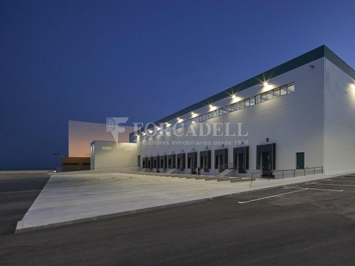 Nave logística en alquiler de 16.139 m² - La Bisbal del Penedes, Tarragona.  11