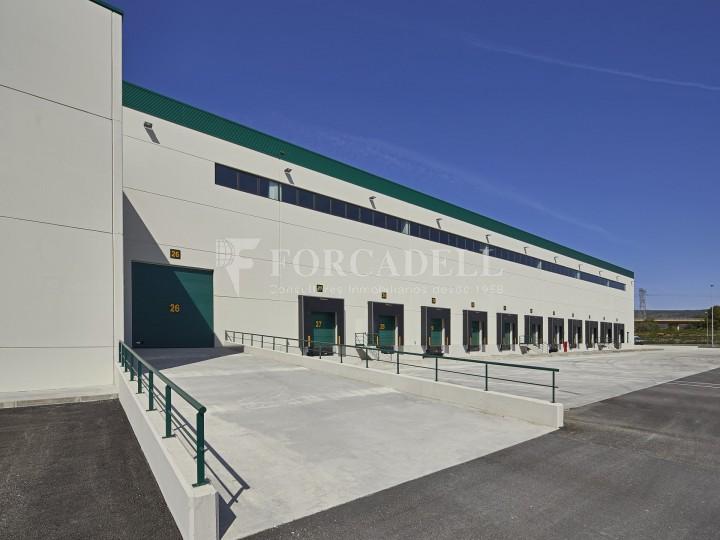 Nave logística en alquiler de 16.139 m² - La Bisbal del Penedes, Tarragona.  17