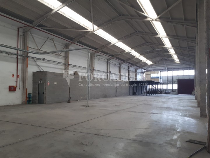 Nave industrial en alquiler de 4.715 m² - Sant Andreu de la Barca, Barcelona 4