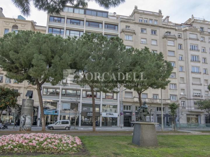 Local comercial situat a l'Avinguda Pau Casals a pocs metres de la plaça Francesc Macià. Barcelona. #15