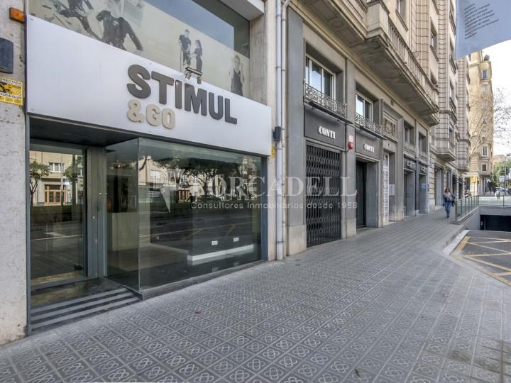 Local comercial situat a l'Avinguda Pau Casals a pocs metres de la plaça Francesc Macià. Barcelona. #22