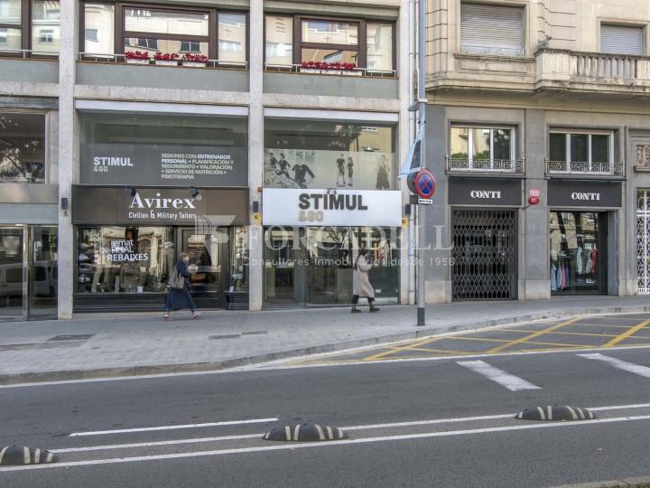 Local comercial situat a l'Avinguda Pau Casals a pocs metres de la plaça Francesc Macià. Barcelona. #24