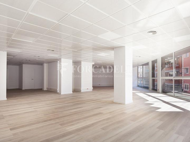 Oficina reformada situada en ple Pg. Maragall. Barcelona. #2