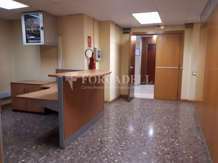 Oficina en lloguer situada a Travessera de Gràcia amb Aribau. Barcelona. 2