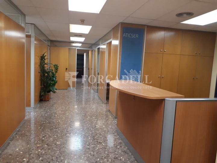 Oficina en lloguer situada a Travessera de Gràcia amb Aribau. Barcelona. 3