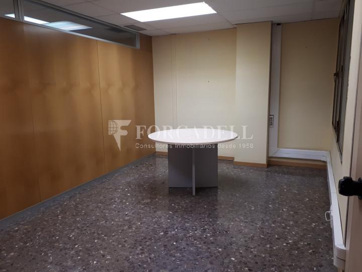 Oficina en lloguer situada a Travessera de Gràcia amb Aribau. Barcelona. 7