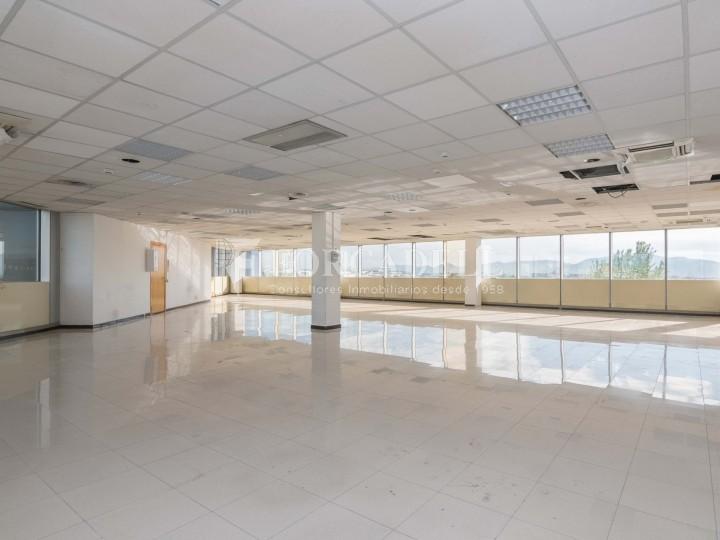 Oficina en lloguer a l'Edifici Cristal. Barberà del Vallès. #8