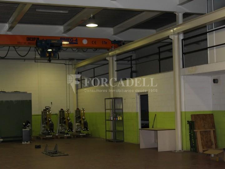 Nau industrial de lloguer de 716 m² - Ripollet, Barcelona. 3