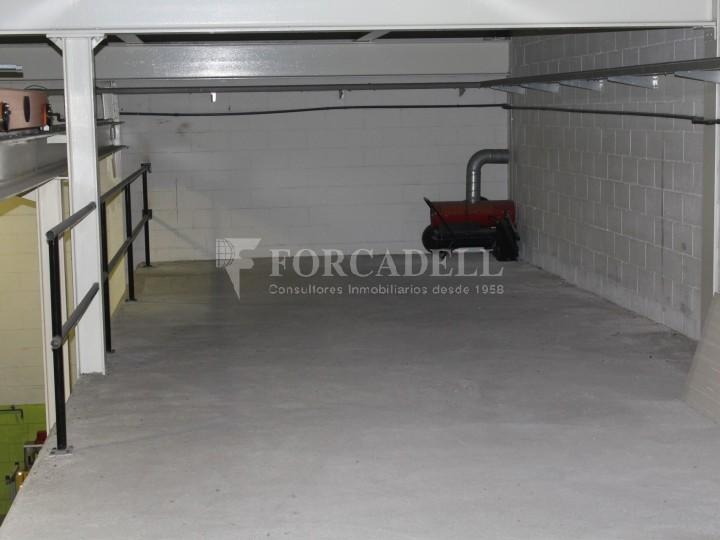 Nau industrial de lloguer de 716 m² - Ripollet, Barcelona. 5