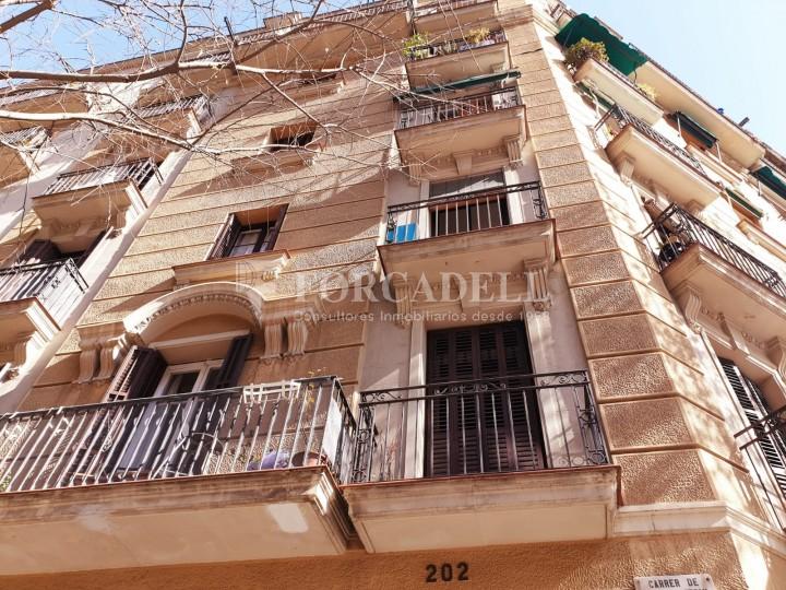 Pis en lloguer al carrer Sant Antoni Maria Claret.