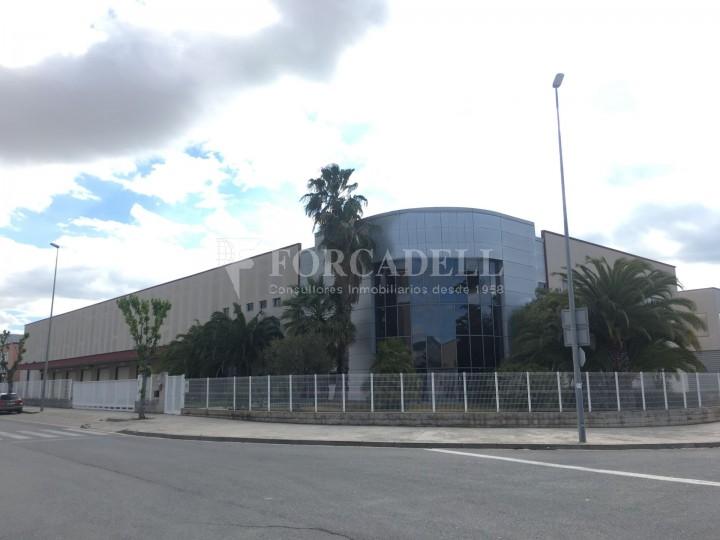 Nau logística en lloguer de 4.907 m² - Gavà, Barcelona. 1