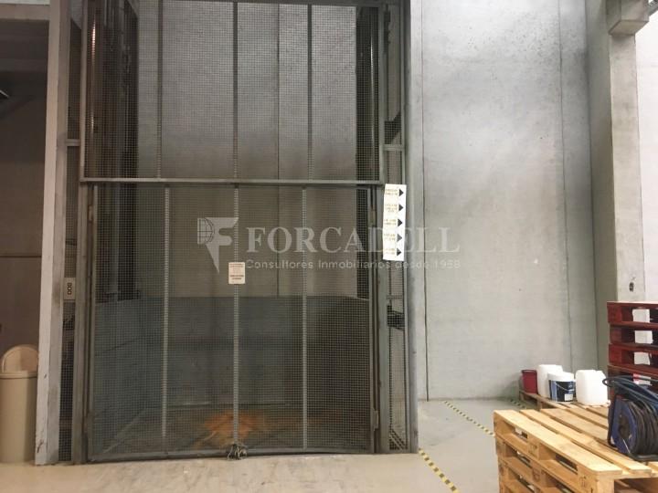 Nau logística en lloguer de 4.907 m² - Gavà, Barcelona. 10