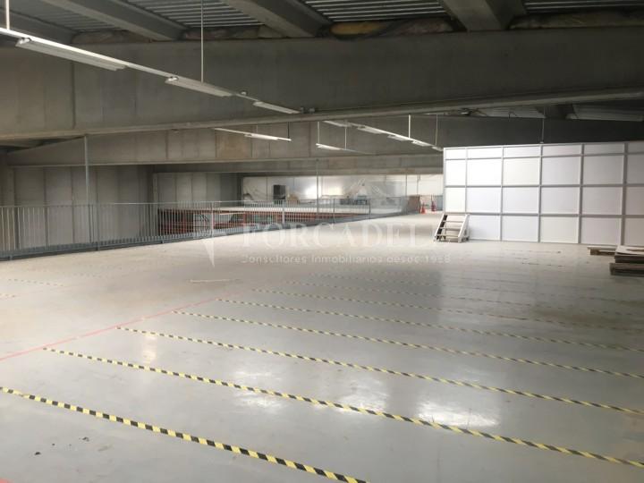 Nau logística en lloguer de 4.907 m² - Gavà, Barcelona. 13