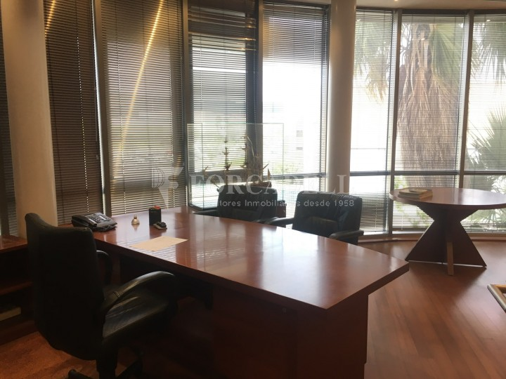 Nau logística en lloguer de 4.907 m² - Gavà, Barcelona. 19