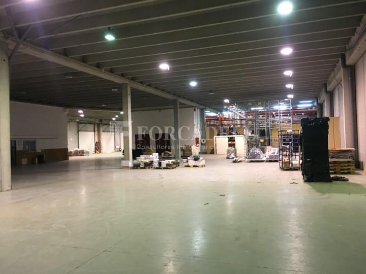 Nau logística en lloguer de 4.907 m² - Gavà, Barcelona. 31