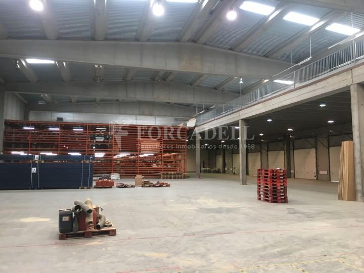Nau logística en lloguer de 4.907 m² - Gavà, Barcelona. 7