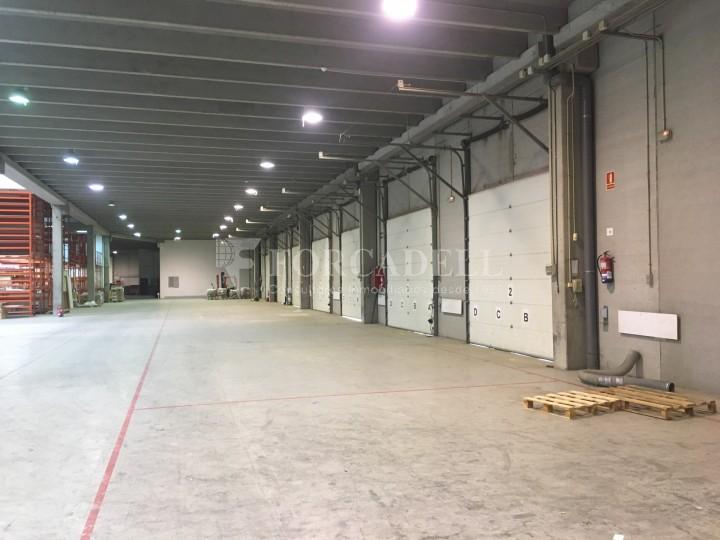 Nau logística en lloguer de 4.907 m² - Gavà, Barcelona. 9