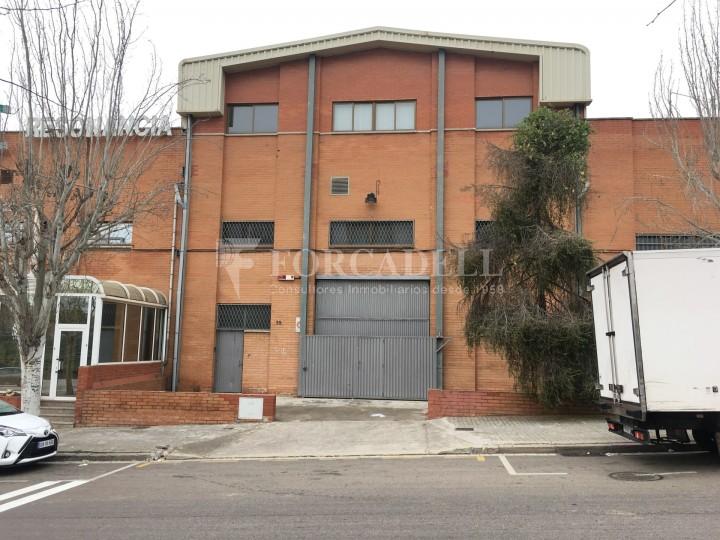 Nau industrial de lloguer de 2.067 m² - Sant Joan Despi, Barcelona 1