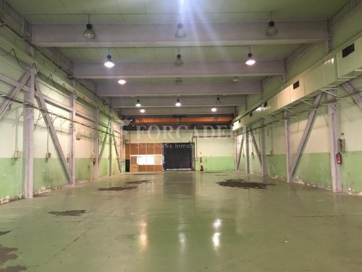 Nau industrial de lloguer de 2.067 m² - Sant Joan Despi, Barcelona #2