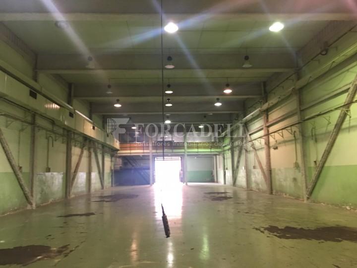Nau industrial de lloguer de 2.067 m² - Sant Joan Despi, Barcelona 3