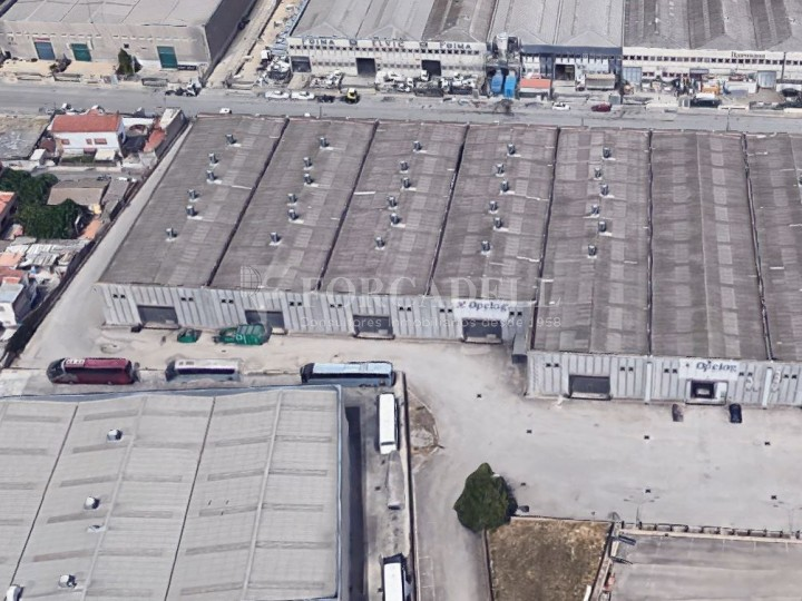Nau logística en lloguer de 7.621 m² - Sant Andreu de la Barca, Barcelona. 1