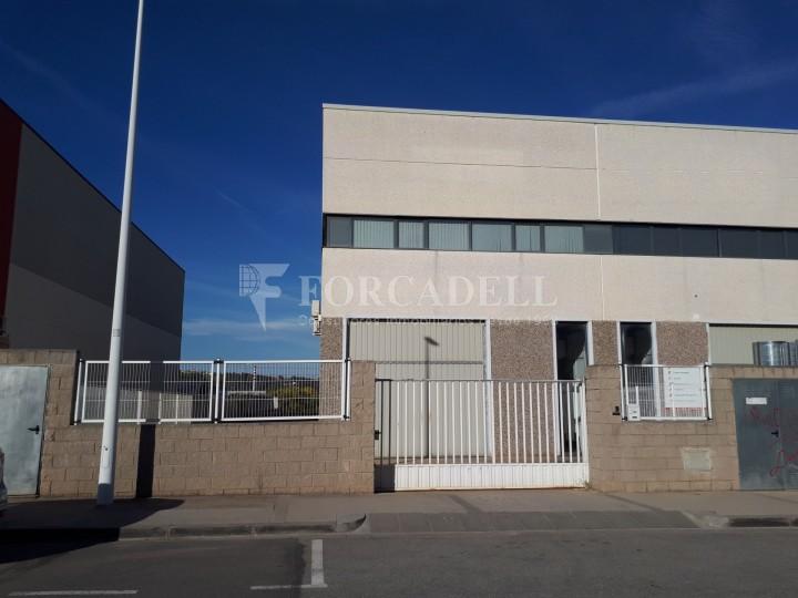 Nau industrial de lloguer de 396 m² -Sant Andreu de la Barca, Barcelona #1