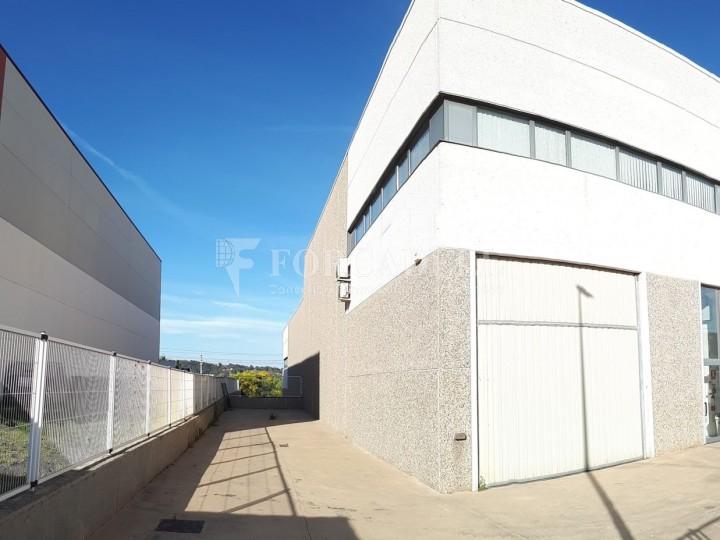 Nau industrial de lloguer de 396 m² -Sant Andreu de la Barca, Barcelona #3