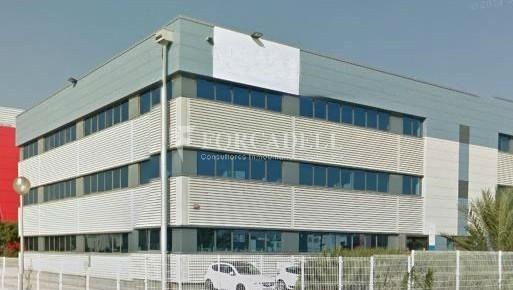 Oficina en lloguer en edifici corporatiu situat en el Prat del Llobregat.  1