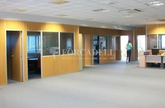 Oficina en lloguer en edifici corporatiu situat en el Prat del Llobregat.  2