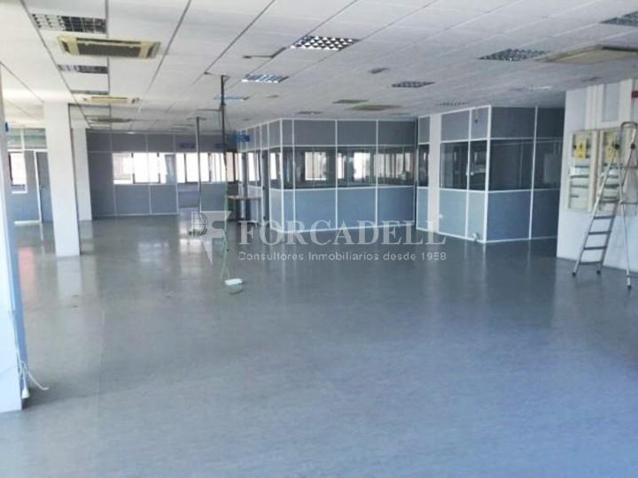Oficina en lloguer en edifici corporatiu situat en el Prat del Llobregat.  5