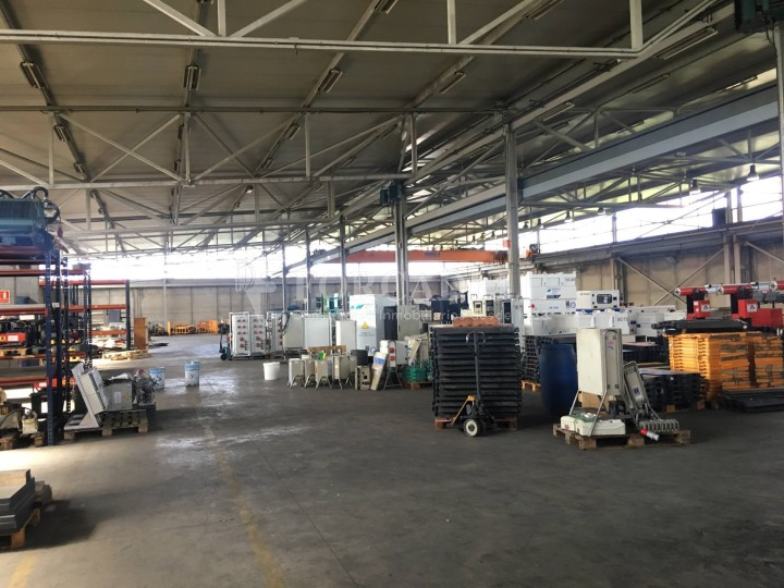 Nau industrial de lloguer de 5.328 m² - Rubi, Barcelona #32